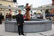 Jako kněz u památníku sv. Zdislavy v Křižanově.