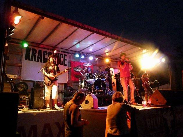 Rockový festival se v Kracovicích koná již poosmé. Také letos pořadatelé představí okolní začínající kapely.