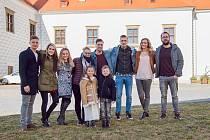 Natáčení klipu na zámku ve Valči.