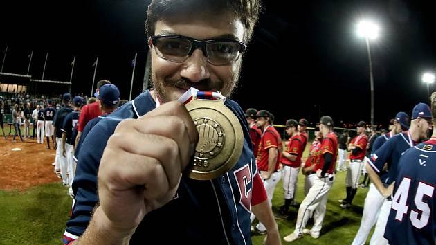 HVĚZDA. S českým národním týmem letos vybojoval třebíčský baseballista Lukáš Hlouch titul mistrů Evropy do 23 let.