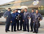 Duha. Piloti skupiny Duha, snímek je z června 1992.