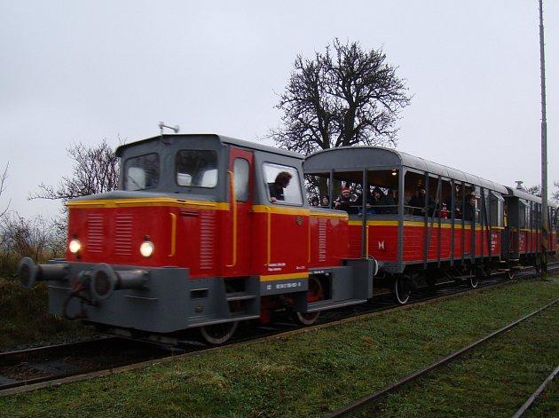 Do Hevlína vyrazí zvláštní vlak