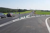Opravená křižovatka u Dukovan.