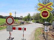 Úsek opravované trati mezi Náměští nad Oslavou a Kralicemi.