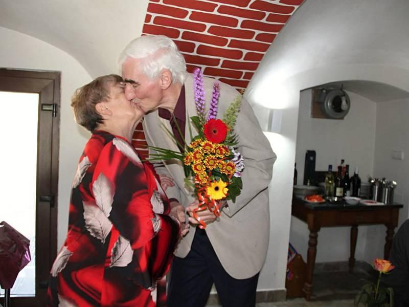 Manželé Buchtovi z Habří a jejich zlatá svatba. Padesát let společného soužití .