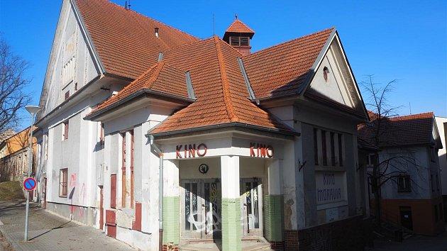 Přestavba sto let starého kina Moravia
