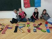 Zdravá škola v Koněšíně pomáhá dětem v Africe.