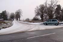 Sníh pokryl i cestu k Náramči.