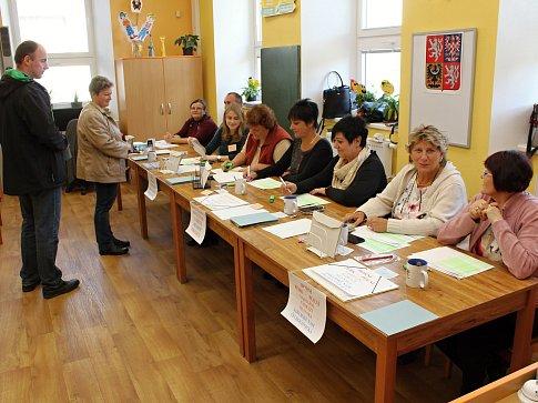 Volby ve Starči.