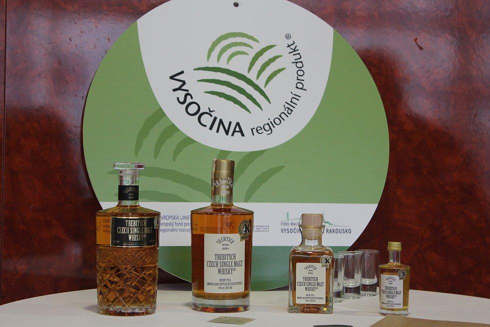 Whisky z Třebíče má certifikát Vysočina regionální produkt.