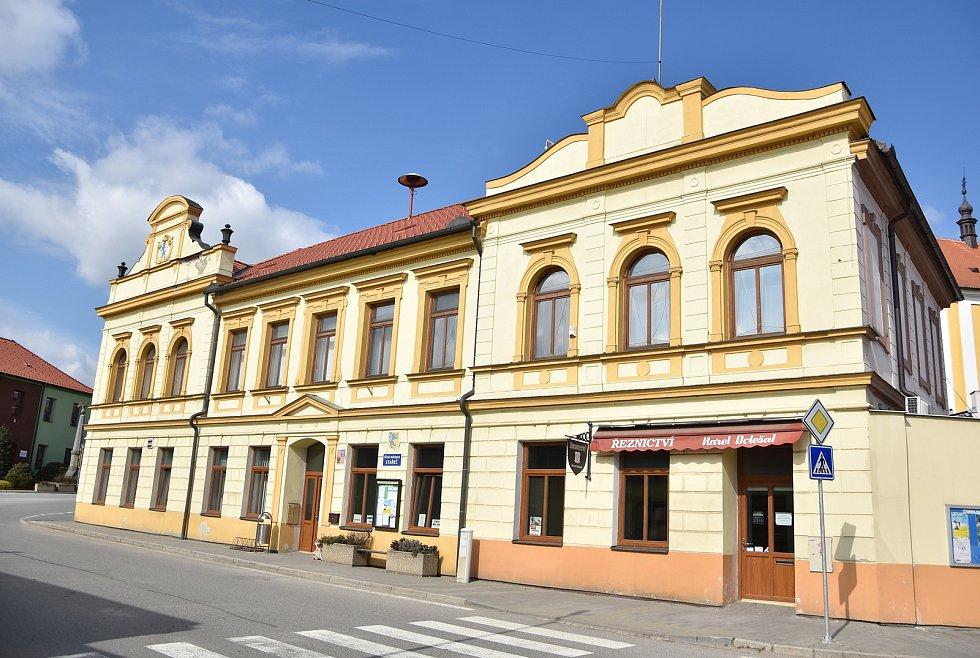 Budova úřadu městyse ve Starči