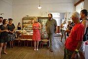 Vernisáž výstavy v kavárně Splněný sen na jaroměřickém zámku.
