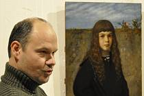 Portrét malého šlechtice z rodu Salm-Reifferscheidt se v polovině prosince stane ozdobou výstavy Aristokracie vkusu v Místodržitelském paláci Moravské galerie v Brně. Na snímku před obrazem je restaurátor Igor Fogaš.