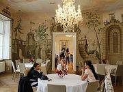 Na zámku v Dukovanech je nová expozice zámeckého bydlení.