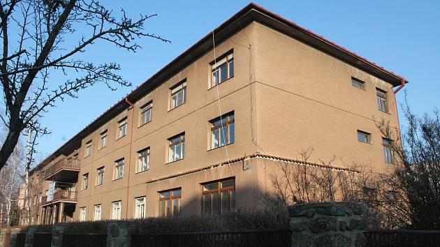 Kraj Vysočina prodává rozsáhlý areál bývalé střední školy v Třebíči