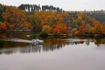 Hladinu Dalešické přehrady o víkendu brázdila ještě loď Vysočina. Brzy ji ale vystřídá nové plavidlo. Ponese jméno Horácko a na vodu by se mělo dostat už tento měsíc.
