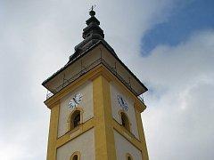 Zvony ve věži kostela sv. Jiljí čeká cesta nejen dolů na zem, ale také více jak 150 kilometrů ke zvonařům.