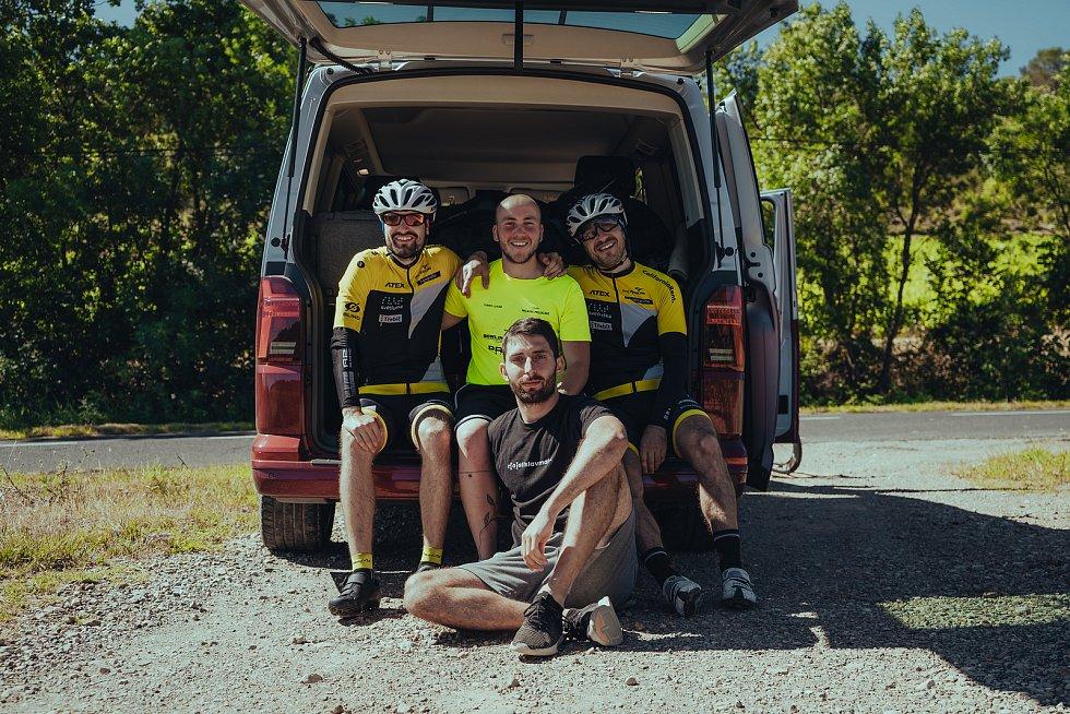 Ondřej Zmeškal společně se svým trasérem zdolali 3 414 kilometrů na trase nejslavnějšího cyklistického závodu - Tour de France.