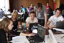 Na společném třídenním workshopu se v třebíčském Fóru sešlo kolem třicítky mladých budoucích architektů hned z několika vysokých škol.