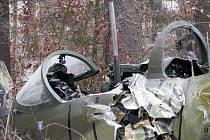Místo nehody cvičného letounu L-39 Albatros nedaleko Biskupic.