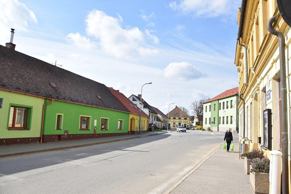 Centrum městyse Stařeč