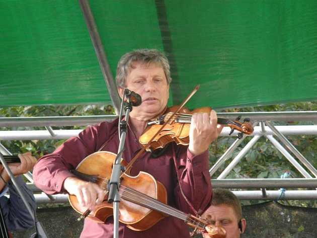 HRADIŠŤAN. Benefiční koncert ve prospěch lidí na Zakarpatské Ukrajině.