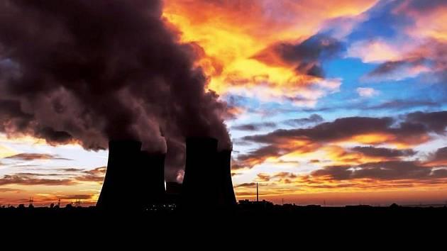 Pracovníci elektrárny v Dukovanech žádali růst mzdy o devět procent