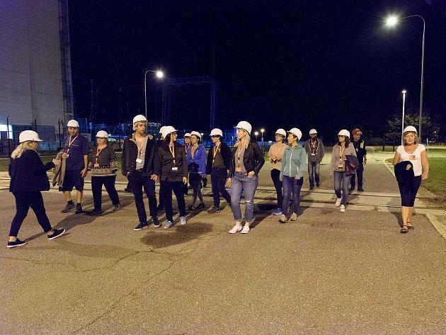 Speciální noční prohlídky jaderné elektrárny jsou opět plně obsazené