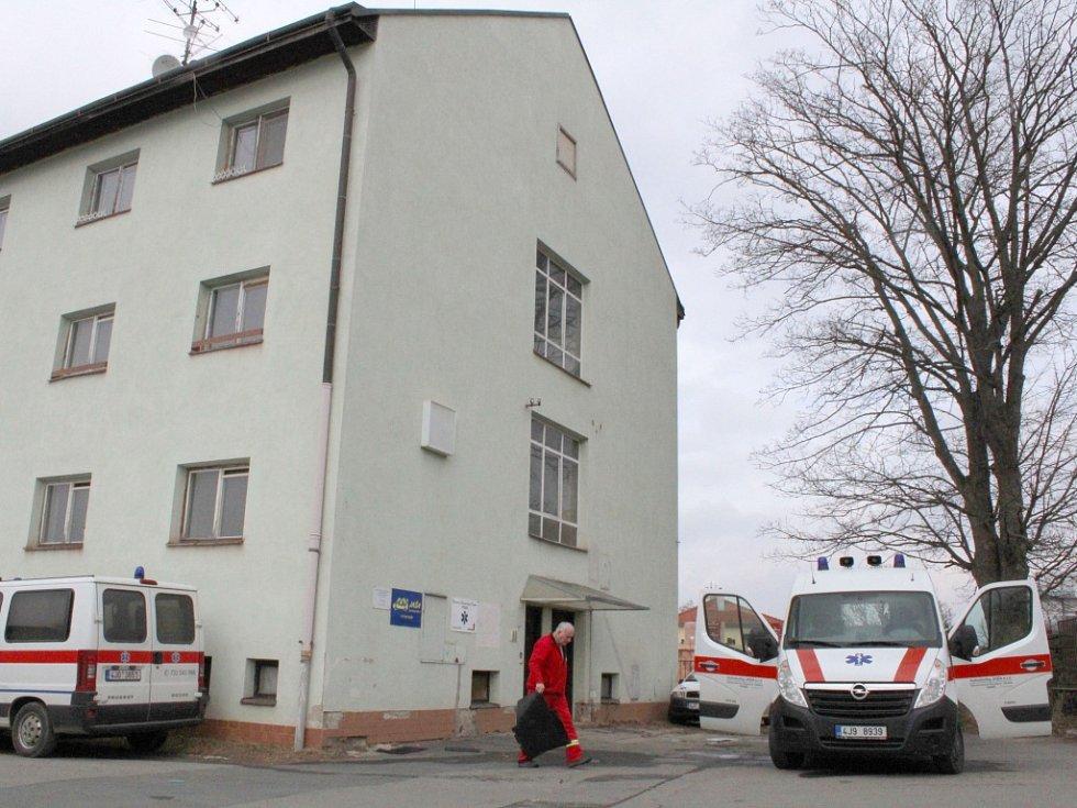 Budova zvaná Gigant na okraji areálu třebíčské nemocnice.