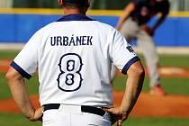 Svěřenci trenéra Jana Urbánka promrhali vedení nad prvoligovým Klasikem Frýdek-Místek a po dvou porážkách si zbytečně zkomplikovali v Nadstavbě o baseballovou Extraligu cestu za udržením nejvyšší soutěže.