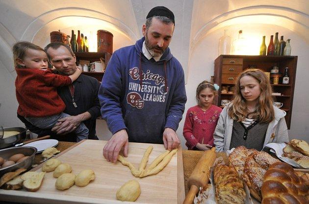 Oslavy svátku Purim se nesly v rozverném a uvolněném duchu.