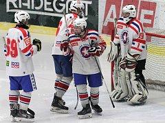 Dvě vítězství si připsali třebíčští dorostenci, kteří doma udolali Chrudim a pak otočili zápas v Poděbradech.