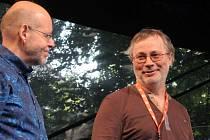 Dramaturg Folkových prázdnin Michal Schmidt (vpravo).