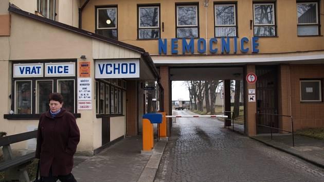 Bývalý, dnes už neexistující vstup do třebíčské nemocnice.
