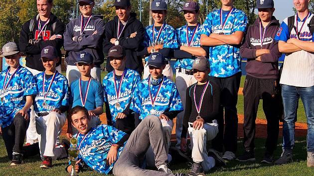 Také tým Třebíče Nuclears do patnácti let přivezl na Vysočinu z baseballového mistrovství České republiky kadetů medaile. V Blansku vybojoval bronz.