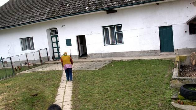 V domě šestaosmdesátileté důchodkyně Milady Buďové slídil neznámý muž.