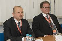 Specialisté mise SALTO (Safety Aspects of Long Term Operation – bezpečnostní aspekty prodlužování provozu za hranici životnosti) v dukovanské elektrárně.