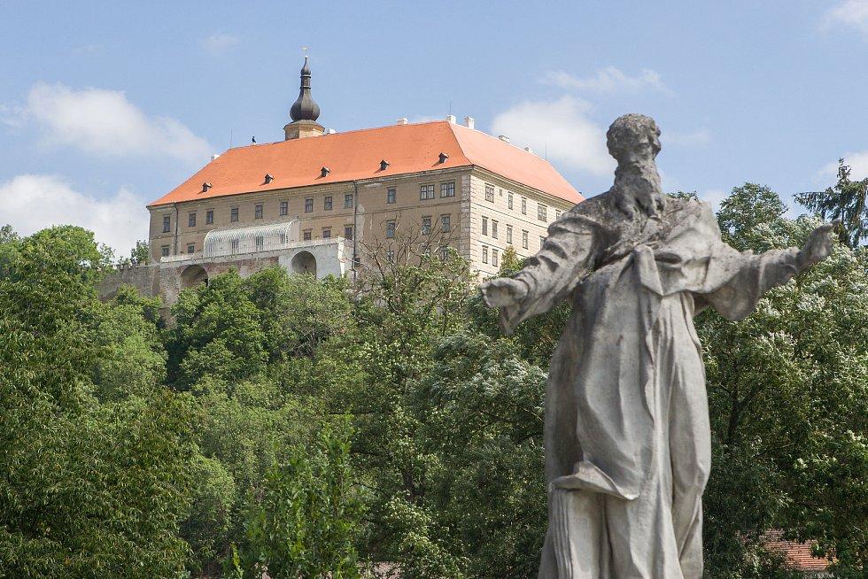 Zámek v Náměšti nad Oslavou. Ilustrační foto.