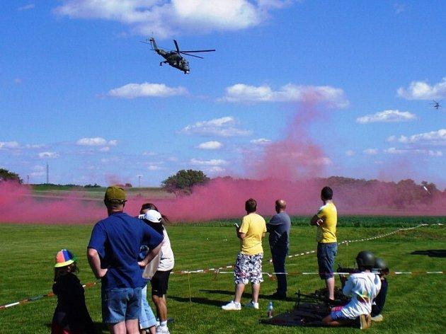 Bojové vrtulníky na Rokytnicí