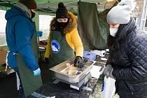 Energetici v Dukovanech vykoupili všechny pohořelické vánoční kapry