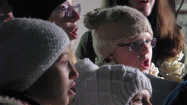 I v Třebíči se zpívaly koledy