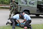 Profesionální vojáci, záložáci, policisté i zaměstnanci ČEZu cvičili, jak odrazit teroristický útok na Vodní dílo Dalešice.