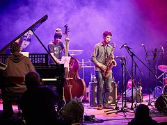 Mladá jazzová parta Ostrich Quartet zahraje zítra v Národním domě v Třebíči.