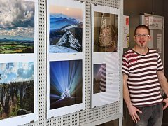 Přírodu, architekturu, ale hlavně hvězdnou oblohu fotí třebíčský rodák Marián Runkas. Jeho fotografie je možné shlédnout do konce května ve vstupní hale dukovanské elektrárny.