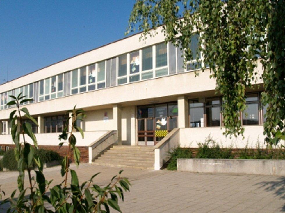 Základní a střední školy z Vysočiny dostanou letos na preventivní programy z ministerstva školství 735 000 korun.