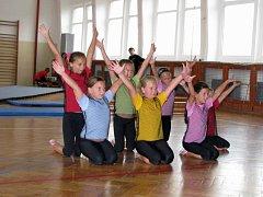 Základní škola Husova v Náměšti nad Oslavou oslavila padesát let.
