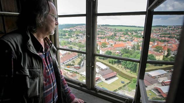 Kastelán zámku v Náměšti nad oslavou Marek Buš.