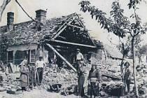 Ráno 7. května 1945 začínal nový týden. Bylo pondělí, krásný májový den. Nikdo ztehdejších obyvatel na prahu dne nepředpokládal, že na jeho sklonku bude velká část Dalešic v sutinách a že obec bude oplakávat celou řadu mrtvých.