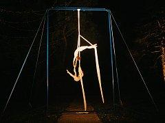 Artistky v zámeckém parku v Dukovanech.
