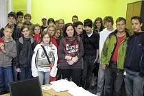 V třebíčské redakce Deníku se studenti mohli podívat přímo na redakční systém, ve kterém redaktoři vytvářejí noviny.